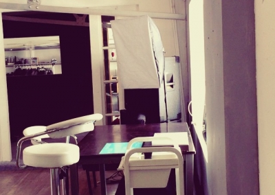 STUDIO BEE....Northern Quarter, Manchester, UK. All packed up, cleaned up ready for this evenings video shoot! bookings sychan@studiobeemcr.com #studio #studiomanchester #photography #fashion #womens #mens #streetphotography #profoto #video #videoshoot #videographer #photoshoot #bts #fashionphotography #bookstudio #studiobooking #dance #martialarts #studiorent