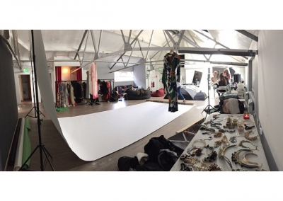 setting up shoot with house of coco @ studio bee, northern quarter, manchester. #houseofcoco #studiobee #studiobeemcr #shoot #setup #fashion #travel #lifestyle #photoshoot